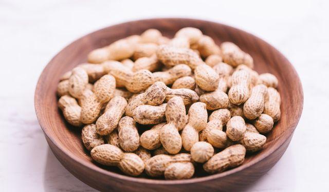 食べ 過ぎ ピーナッツ ピーナッツの食べ過ぎは太る?悪影響?適切な摂取量や健康効果なども紹介!